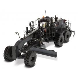 Cat® 18M3 Motor Grader ®Black Onyx Finish®