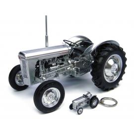 Ferguson TO 35 60th Anniversary Editon Model & Keyring Set