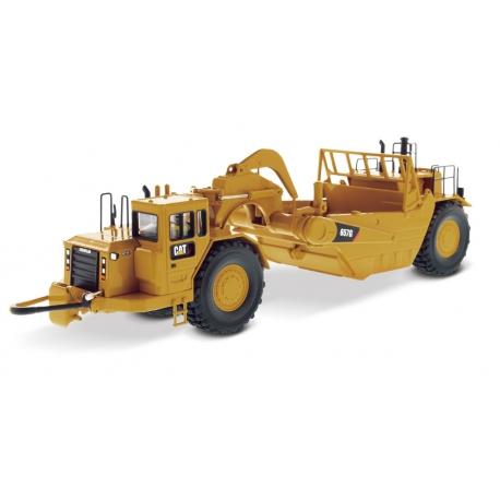 Cat® 657G Wheel Tractor Scraper