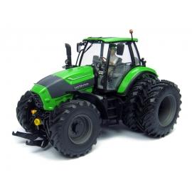 Deutz-Fahr 7250 TTV with Driver Figurine (Dual Rear Wheels)