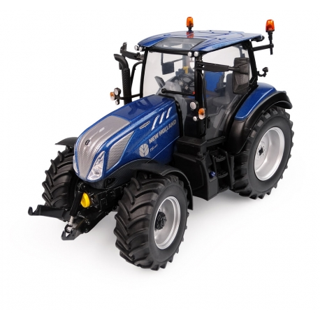 """New Holland T5.140 """"Blue Power"""" - High Visibility Low Roof"""