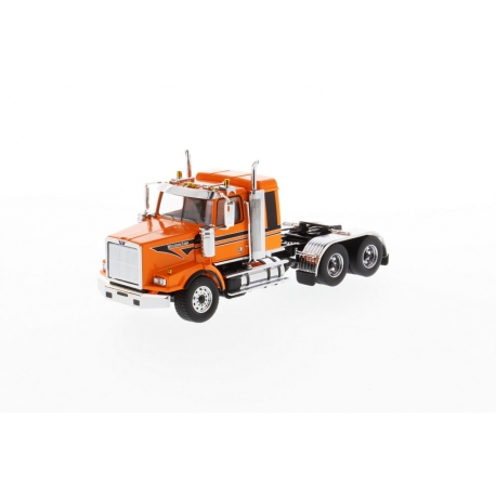 Western Star® 4900 SB Sleeper Tandem Tractor