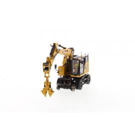 Cat® 352 Ultra High Demolition Hydraulic Excavator